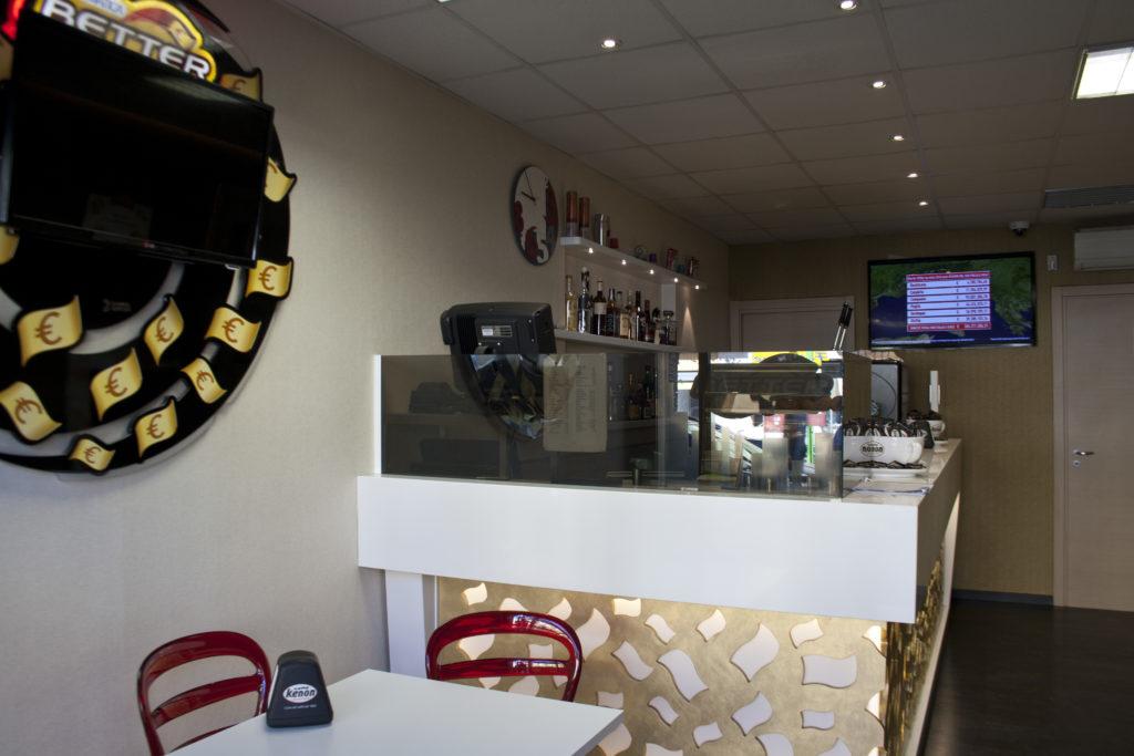 Slot & Drink Bar - Servizio eccellente